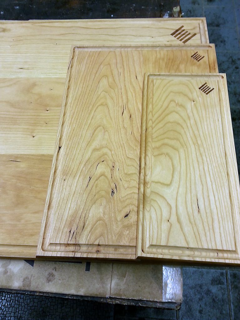 drews catering serving boards grooved