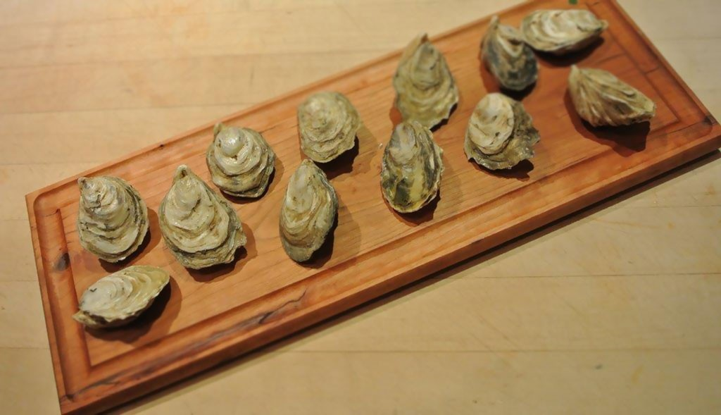oyster serving board