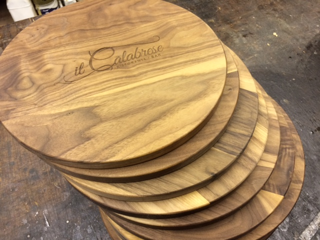 il calabrese serving boards